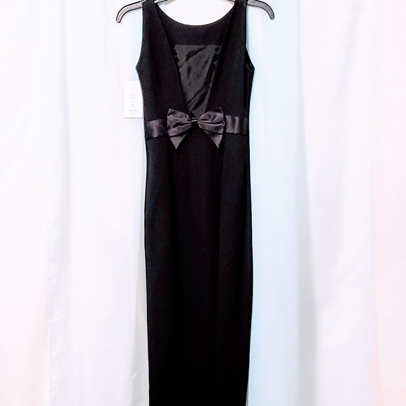 Preview Collection Dresses & Skirts - Nordstrom's Preview collection Black Gown🆕💋